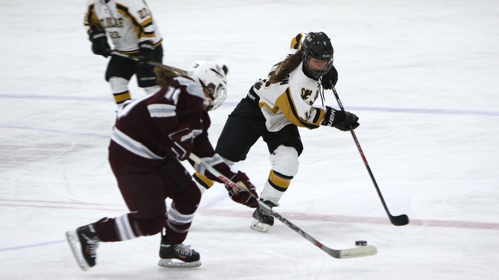 Anderson scores twice as oles tie cobbers 2 2 the official riley anderson st olaf publicscrutiny Images