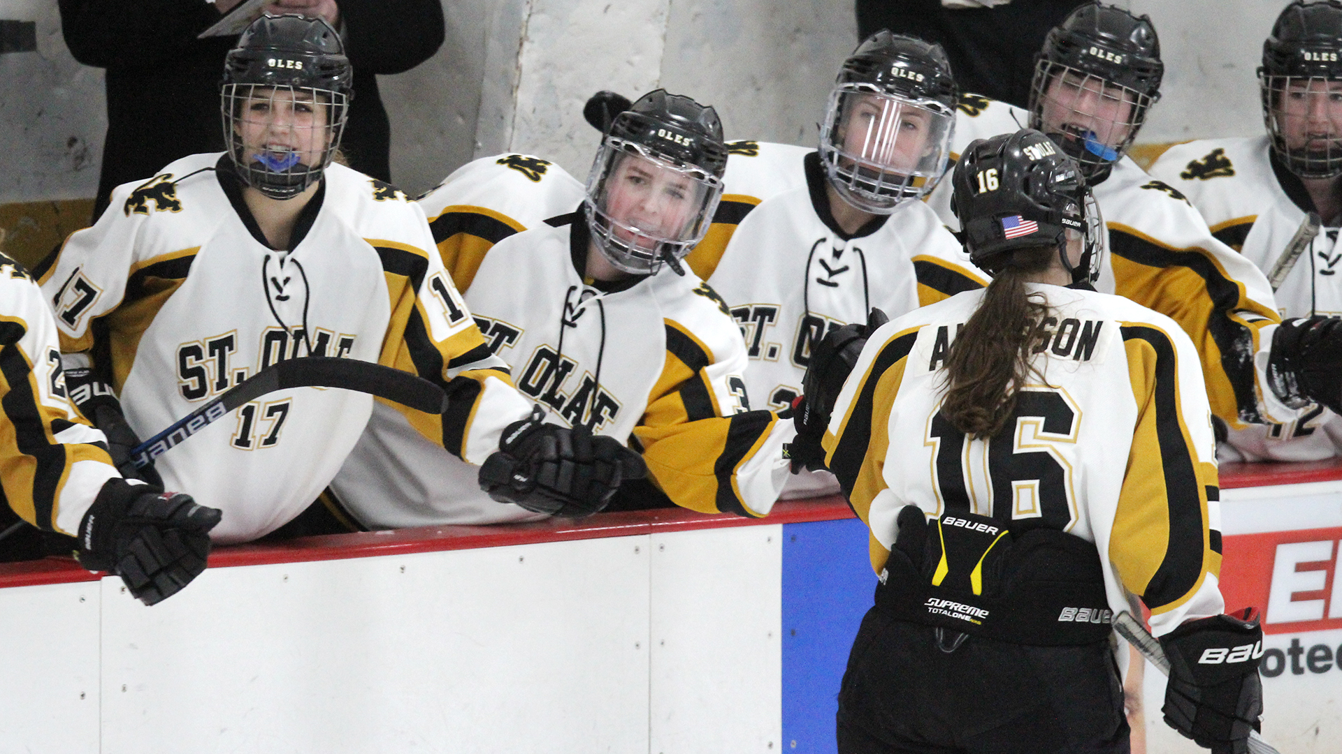 Anderson and glaaser score but tommies drop womens hockey 8 2 st olaf womens hockey publicscrutiny Images